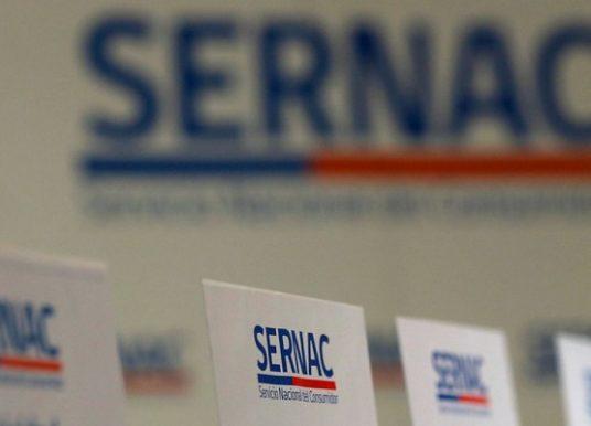 """Director del SERNAC califica como """"catastrófico para los consumidores"""" fallo del Tribunal Constitucional"""