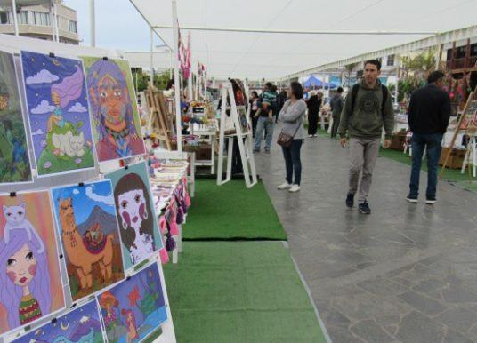En Iquique realizan seminario y mercado de industrias creativas