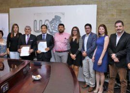 Universidad de Antofagasta establece convenio con empresa Coreana