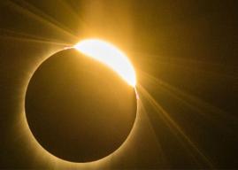 Región de Atacama: AES Gener da día libre a trabajadores de Guacolda para disfrutar del eclipse total de Sol