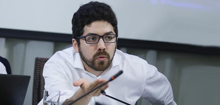 [Video] Diputado Juan Santana cuestiona idea del Gobierno de retornar a clases a finales de abril