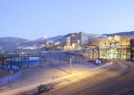 Minera Candelaria aporta 2 mil millones a Red de Salud de Atacama