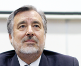 [Video] Alejandro Guillier emplaza a Piñera a proteger a los chilenos y declarar Cuarentena Nacional
