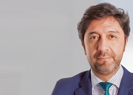 """Osvaldo Pastén: """"Desde las regiones debemos perseverar en la superación del centralismo ineficiente y asfixiante"""""""