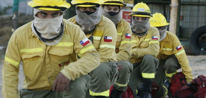 Empresas forestales destinan 59 aeronaves y 4 mil 500 personas al combate de incendios
