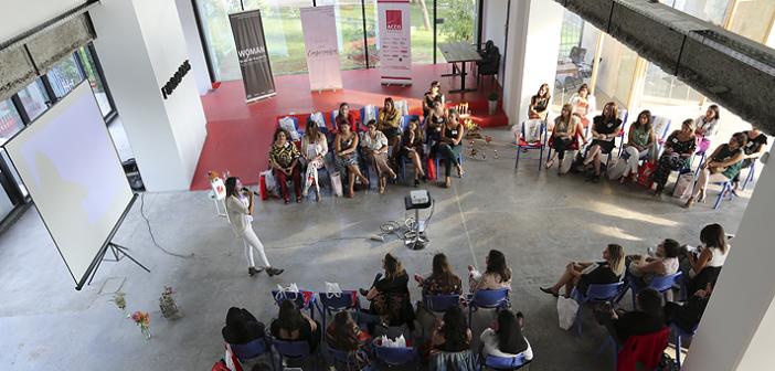 Programa de liderazgo y empoderamiento femenino abre convocatoria para emprendedoras de Latinoamérica