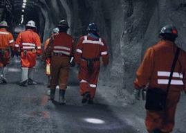 Presentan proyecto para permitir el sufragio universal en faenas mineras